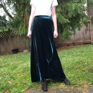 Forever 21 forest green velvet wrap skirt